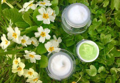 Dermaroller + Serum + Nahrungsergänzungsmittel gegen Akne, Rosacea und Aknenarben